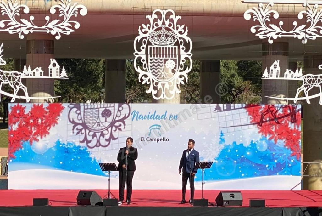 """Actuación musical """"Dos tenores cantan a la Navidad"""" en Parque Central Municipal, El Campello. Diciembre 2020"""